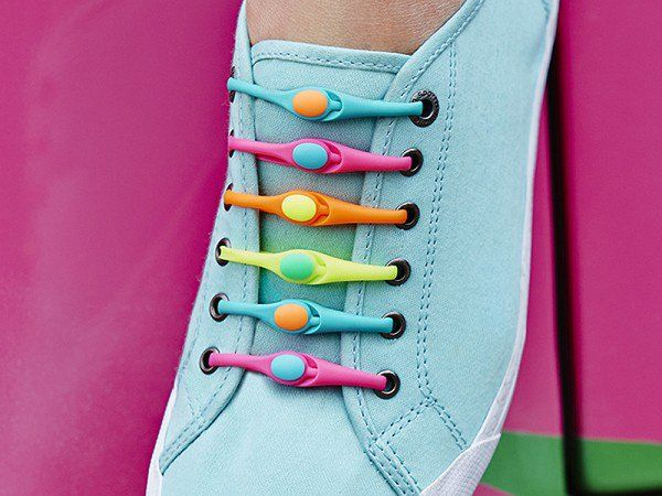 step by step instructions for tying shoelaces