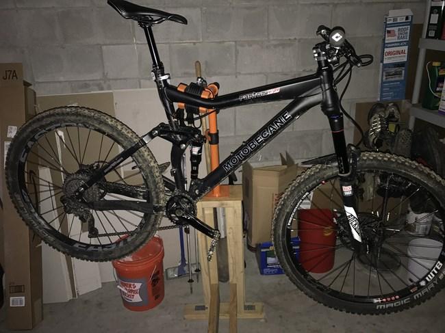 planet bike light mount instructions